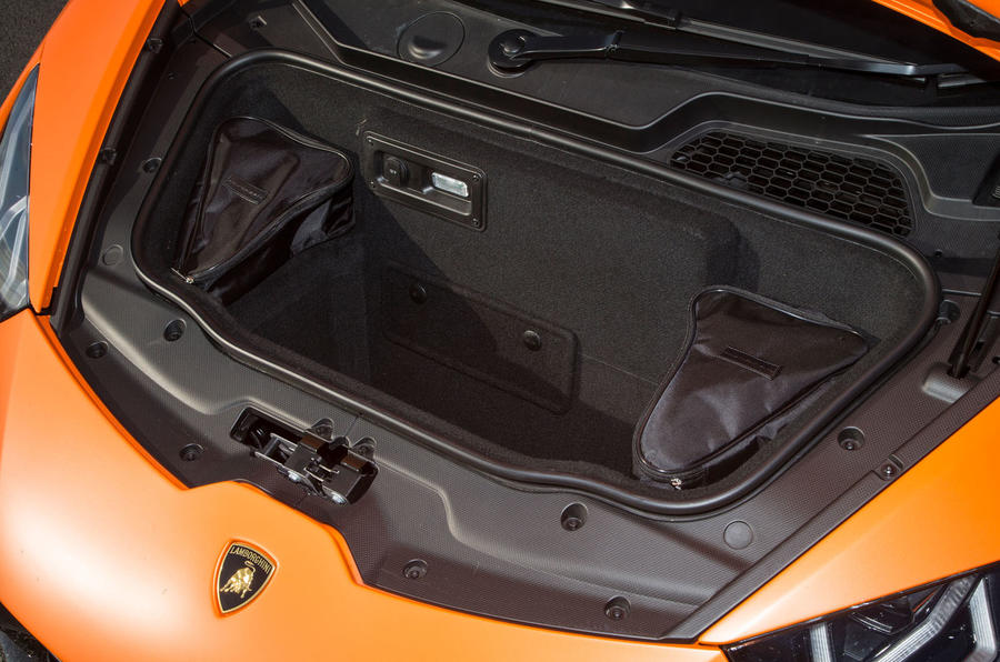 Lamborghini Huracán Performante boot space