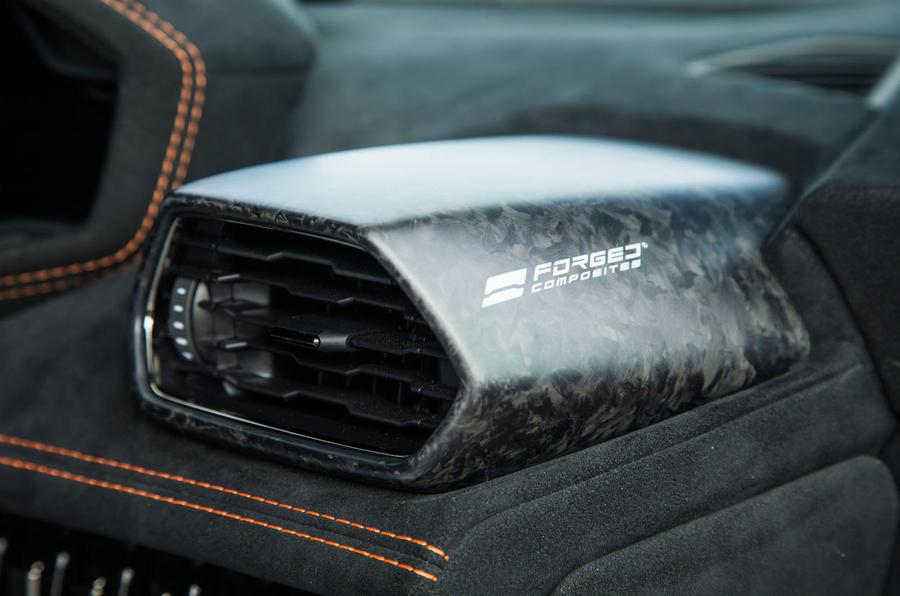 ... Lamborghini Huracán Performante Carbonfibre Interior Trim ...