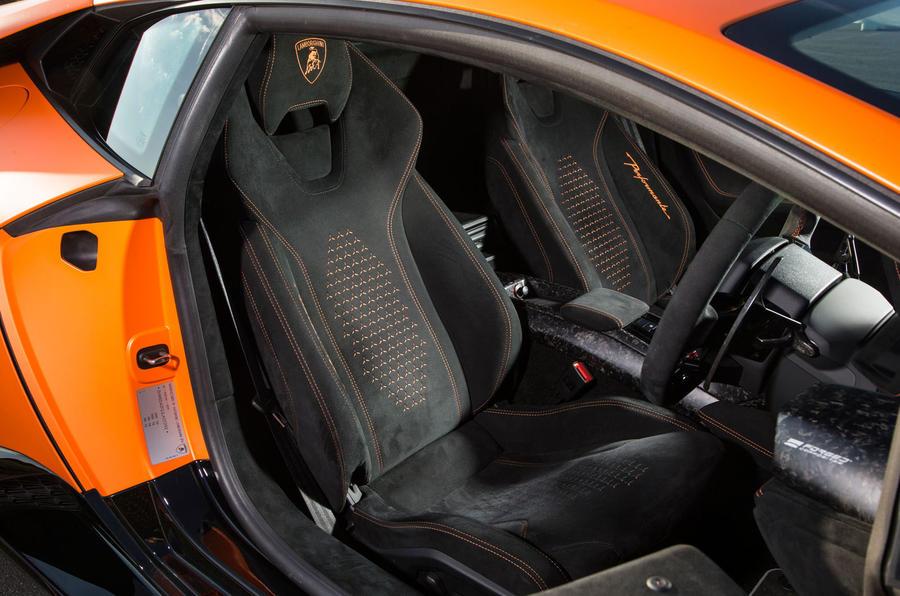 Lamborghini Huracán Performante interior