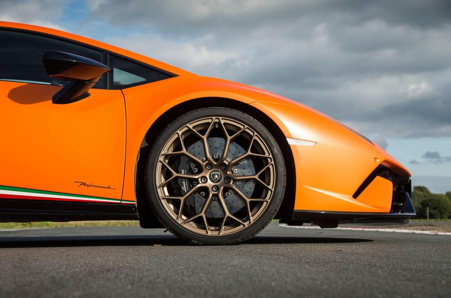 Lamborghini Huracán Performante front end