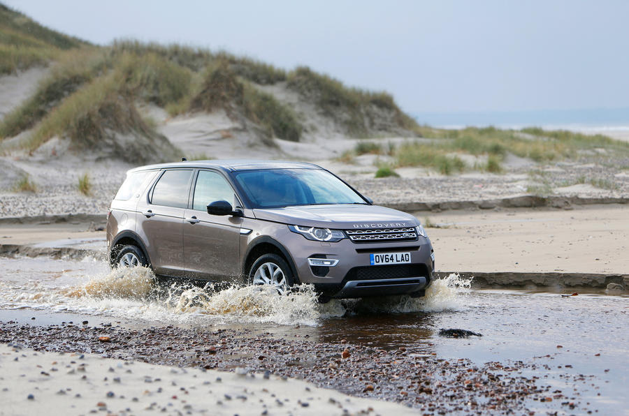 Land Rover Discovery Sport wading