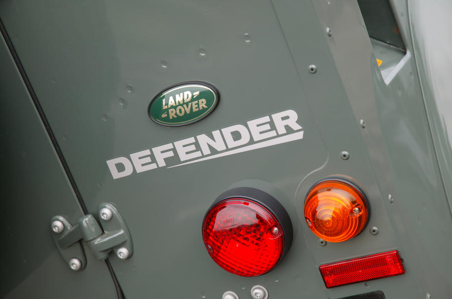 Distinctive lights on the Land Rover Defender