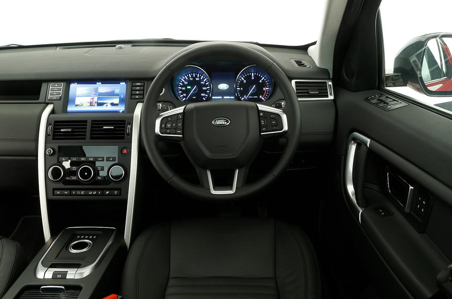 ... look from the driver's point of view of the Land Rover Discovery Sport