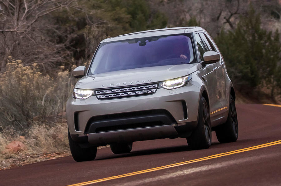 Land Rover Discovery cornering