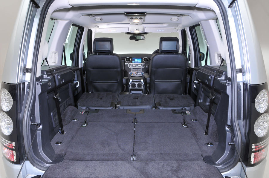 Land Rover Discovery extended boot space