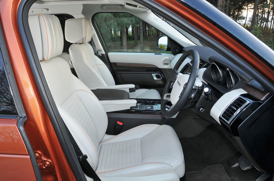 ... Land Rover Discovery Interior ...