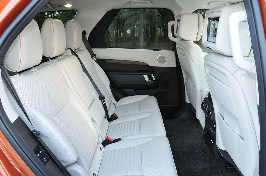Land Rover Discovery rear seats