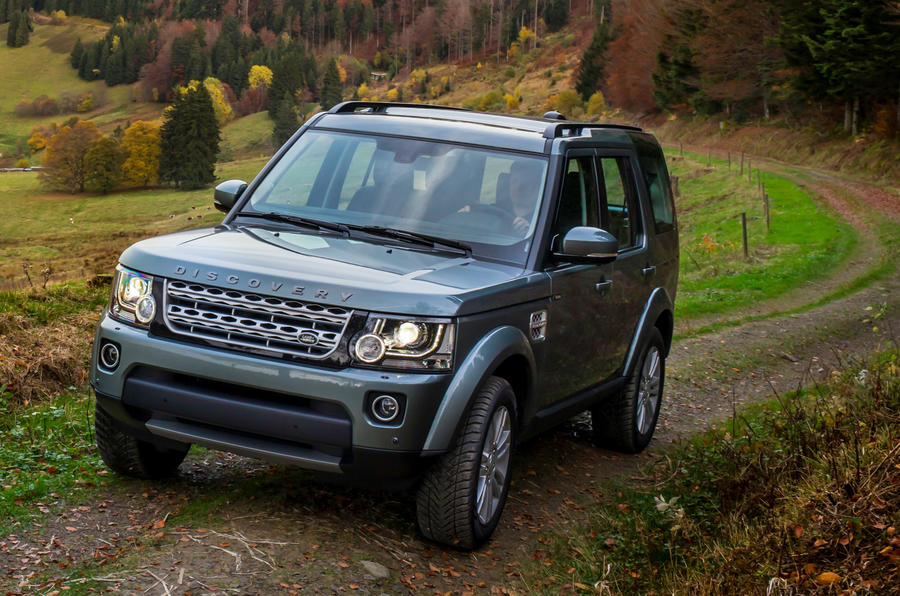 Land Rover Discovery off-roading
