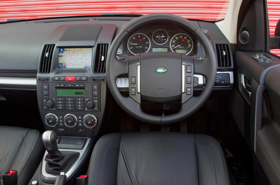 Land Rover Freelander dashboard
