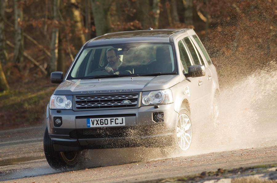 Land Rover Freelander cornering