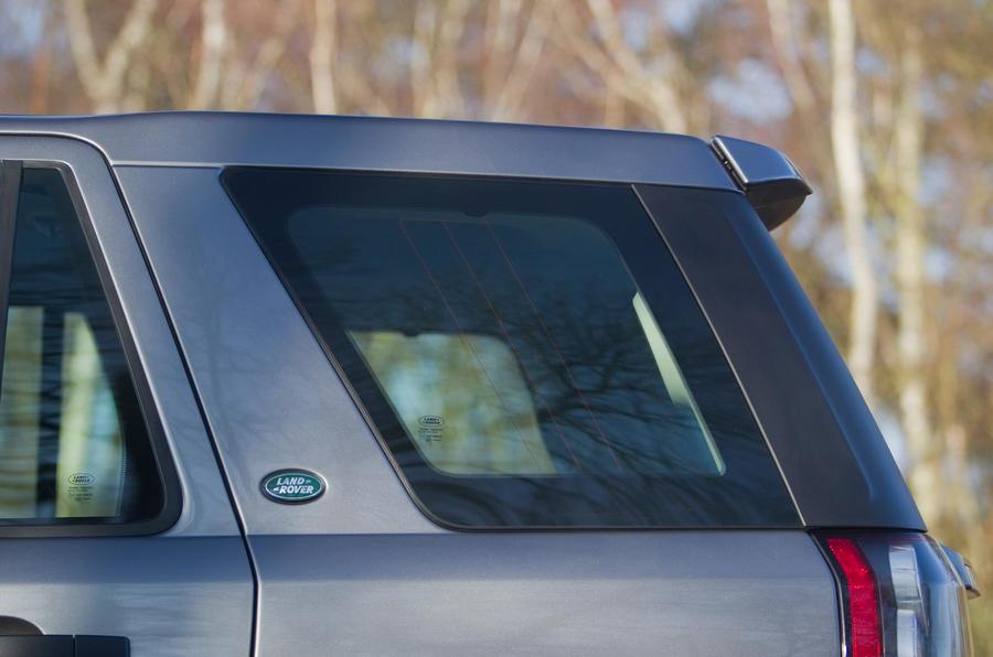 Land Rover Freelander rear window