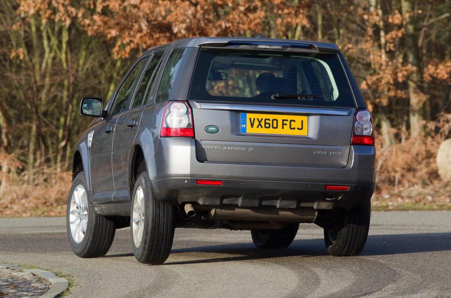 Land Rover Freelander rear cornering