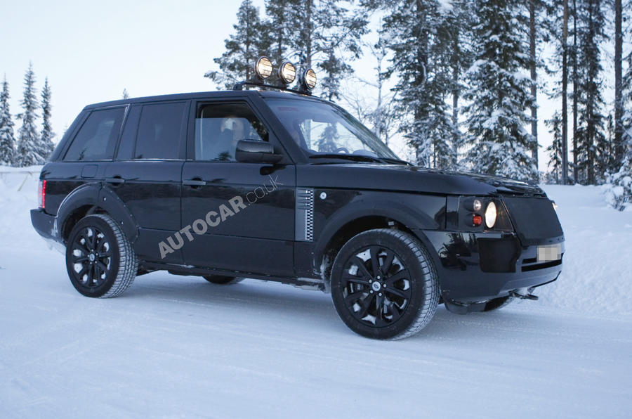 All-new Range Rover Mk4 scooped