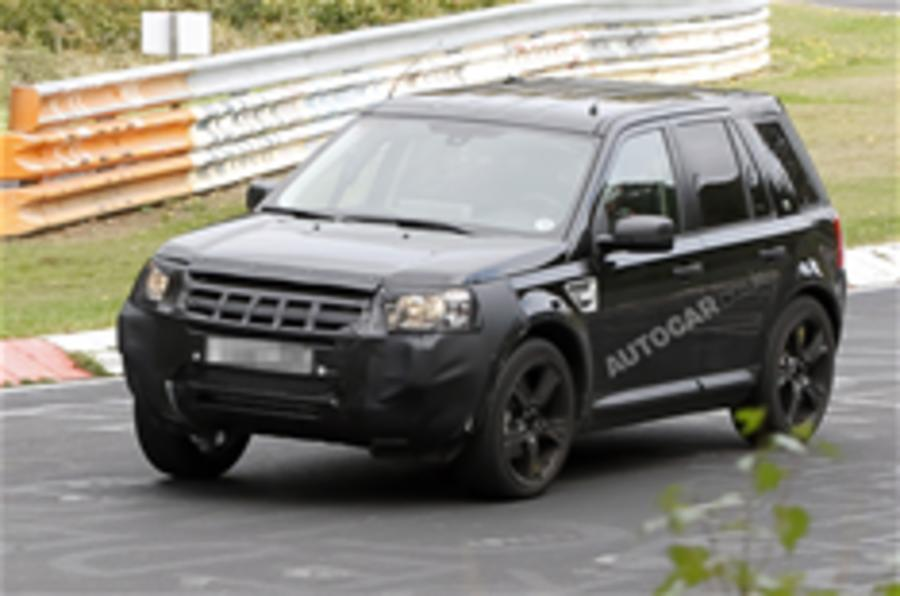 Range Rover LRX spied testing