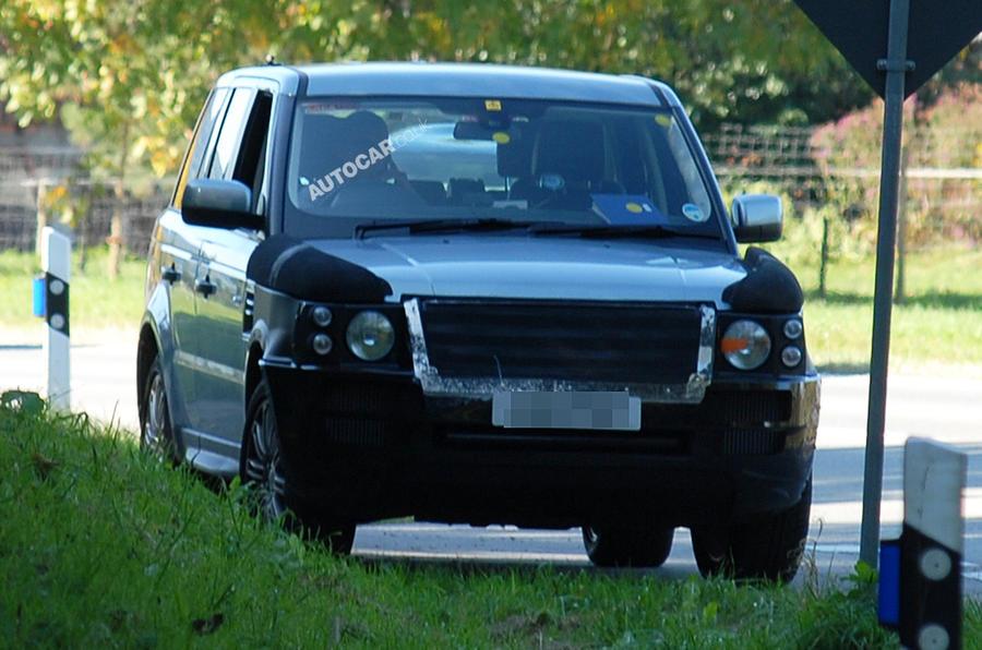 New Range Rover Sport scooped