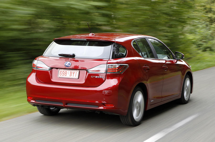 Lexus CT200h priced at £23,485
