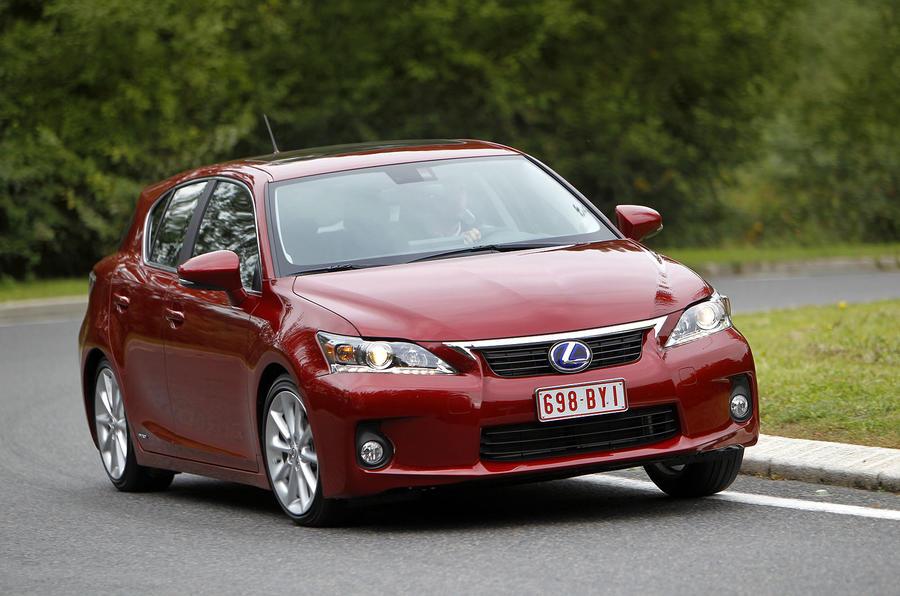 Lexus CT200h priced at £23,485
