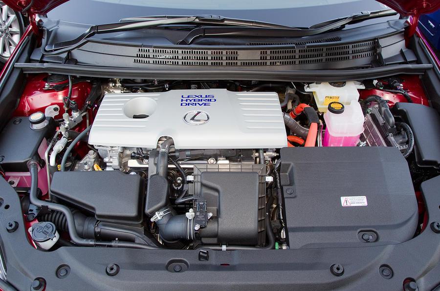 Lexus CT200h petrol hybrid engine