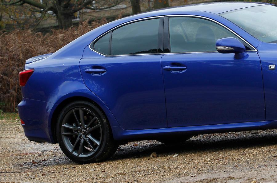 Lexus IS rear profile