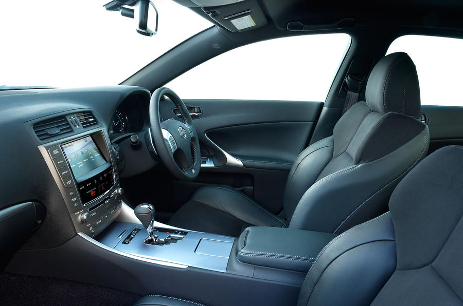 Lexus IS interior