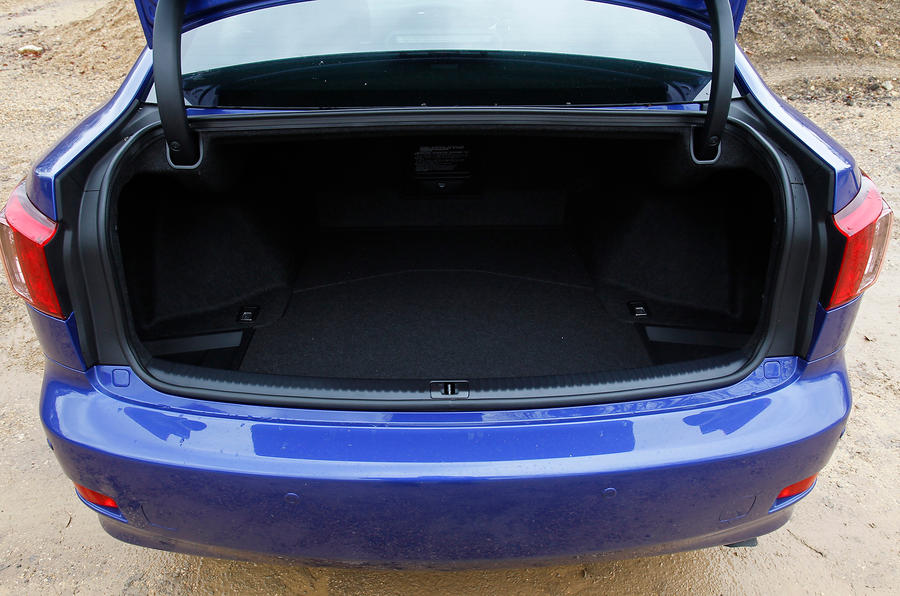 Lexus IS boot space