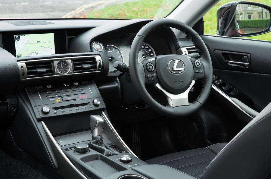 Lexus IS dashboard
