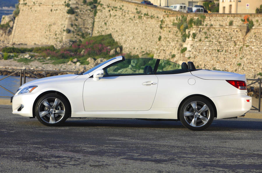 Lexus IS 250C launched