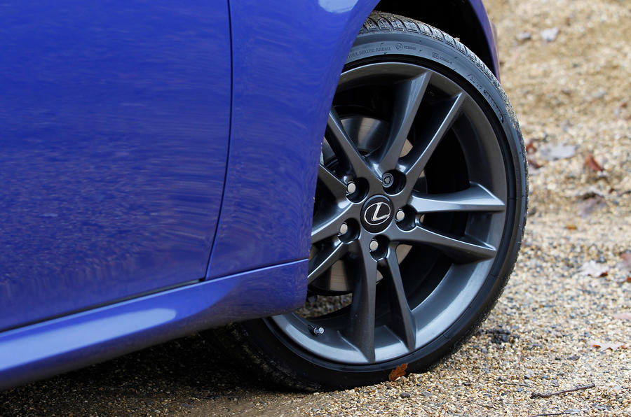 Lexus IS 19in alloy wheels