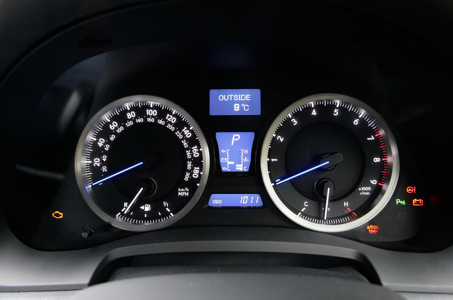 Lexus IS-F instrument cluster
