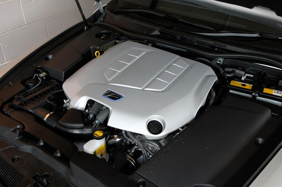 Lexus IS-F V8 engine
