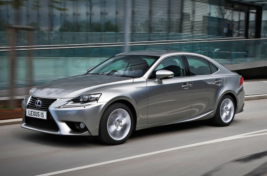 Quick news: New Lexus IS safety kit, Golf production hits 30m