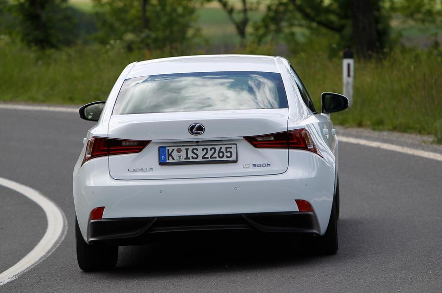 Lexus IS300h rear cornering