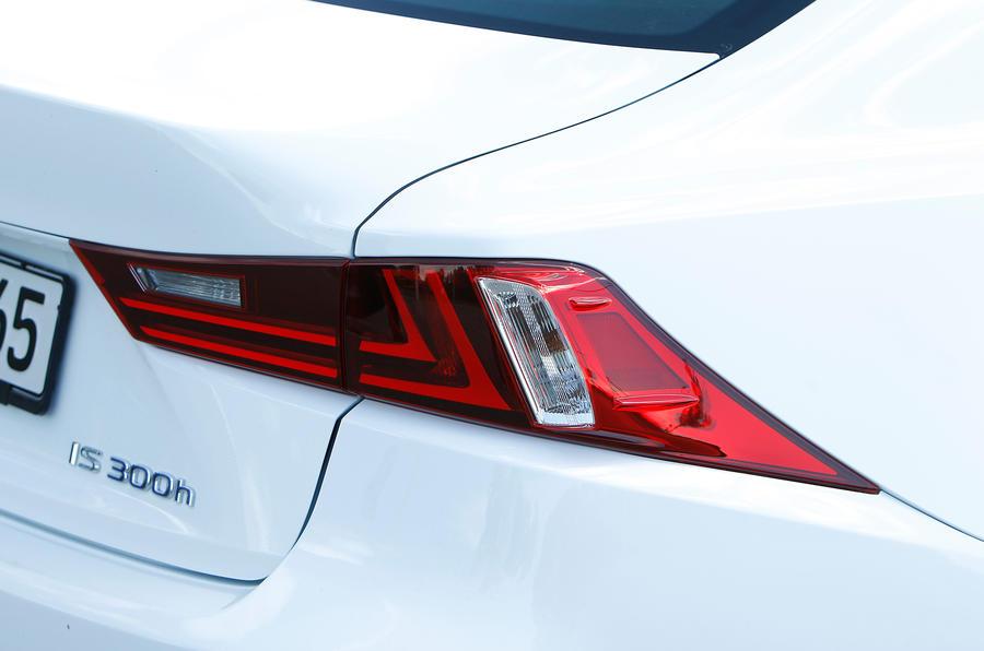 Lexus IS300h rear lights