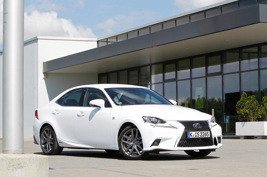3.5 star Lexus IS300h