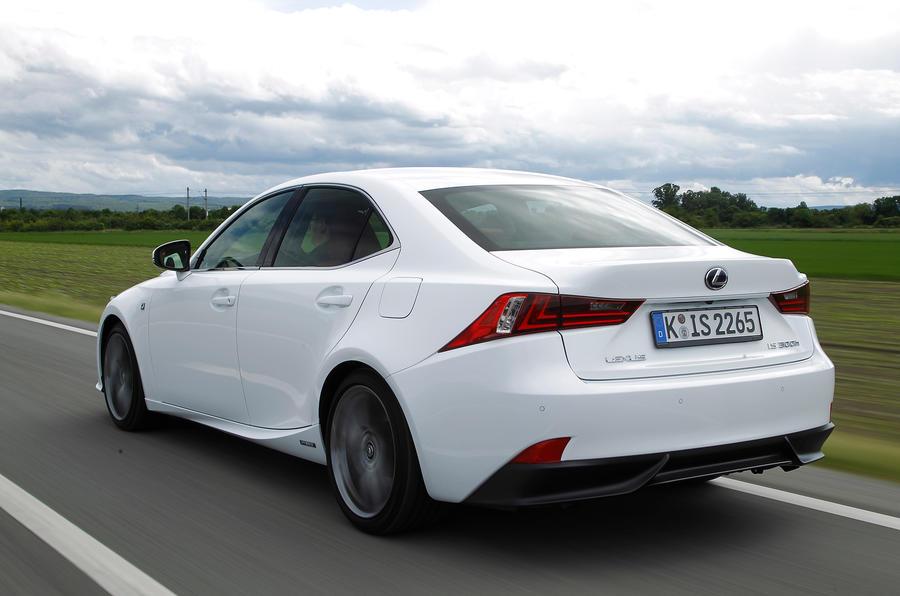 Lexus IS300h rear