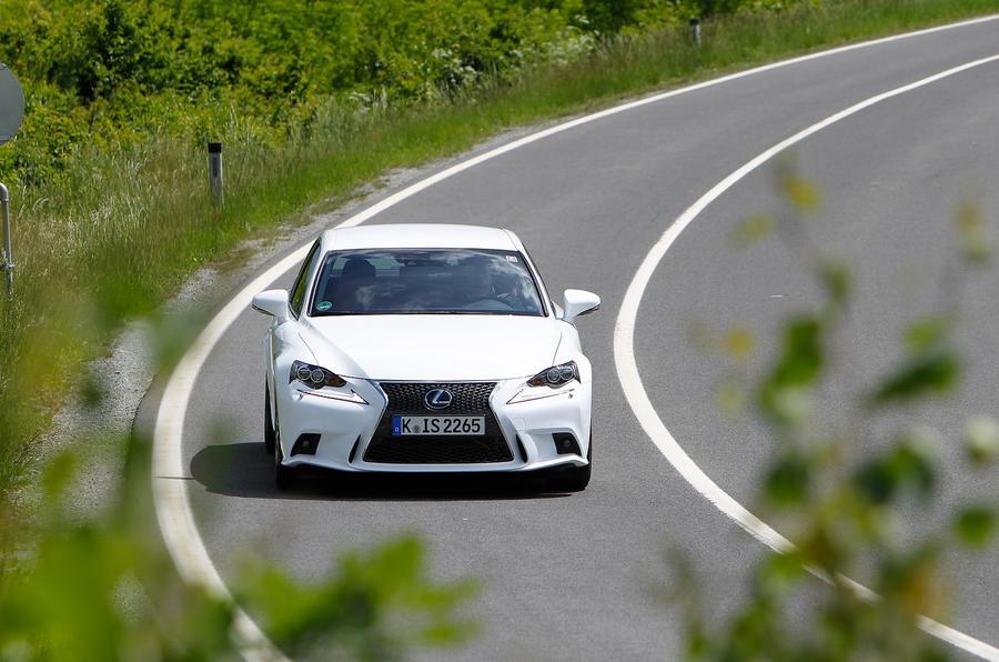 Lexus IS300h cornering