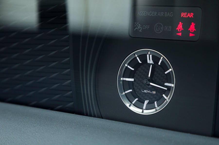 Lexus LC500 analogue clock