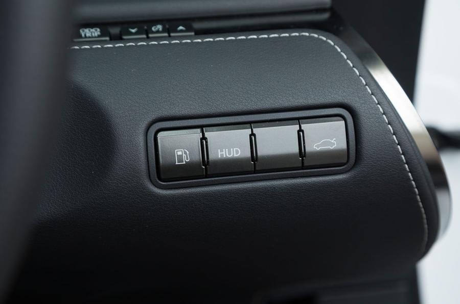 Lexus LC500 switchgear