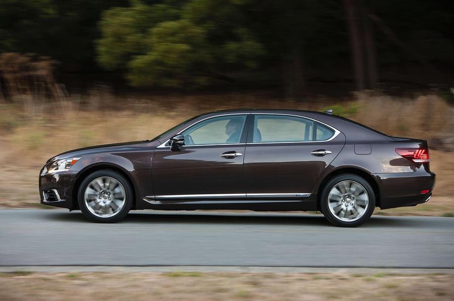 Lexus LS600h side profile