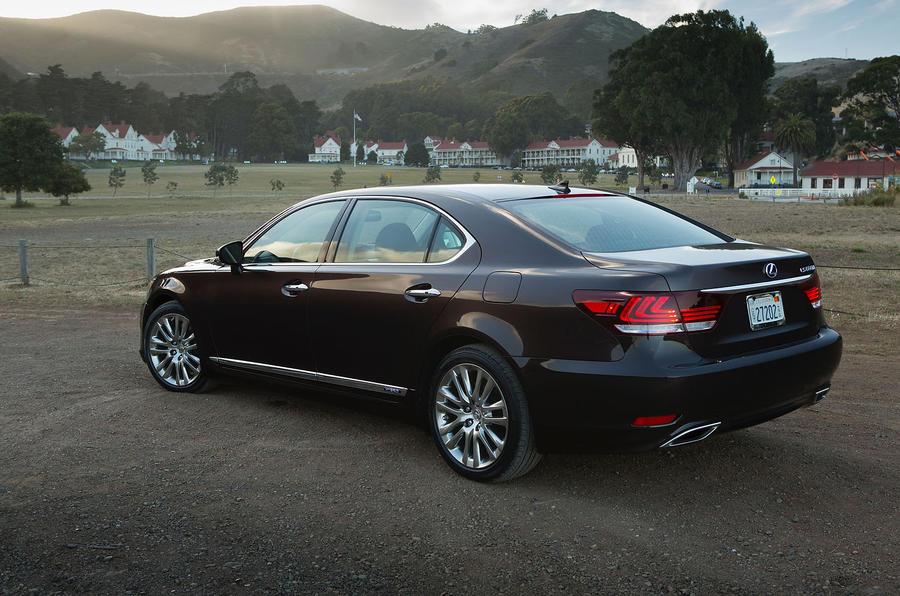Lexus LS600h rear