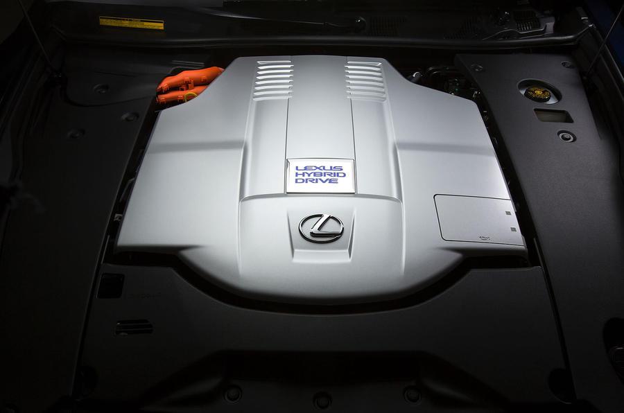 5.0-litre V8 Lexus LS600h engine