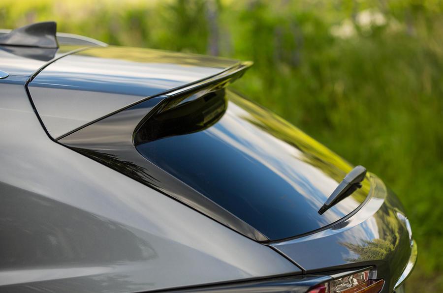 Lexus NX200t F Sport roof spoiler