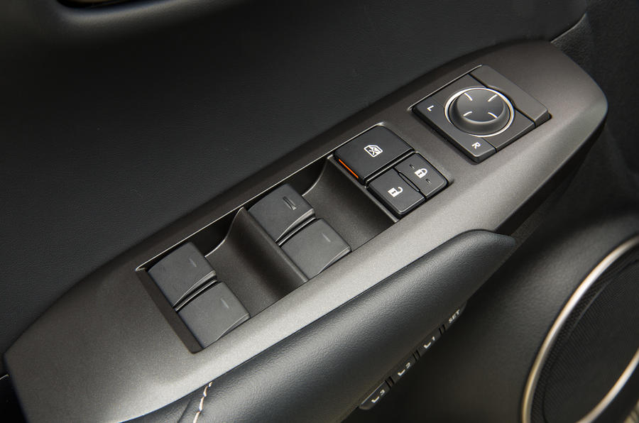 Lexus NX300h door card controls