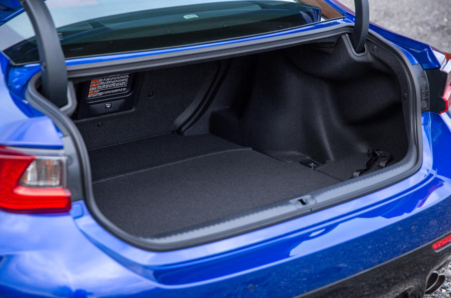 Lexus RC F boot space