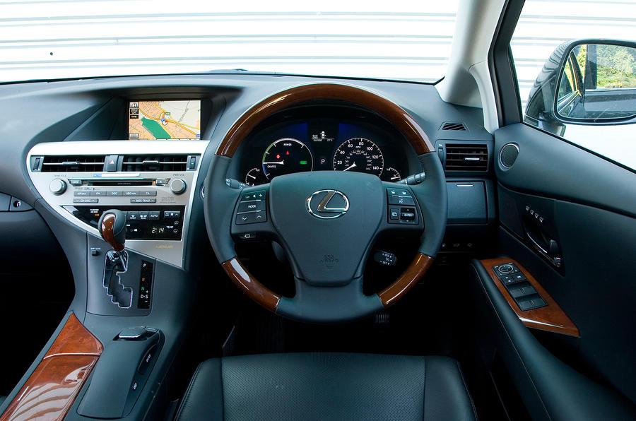 ... Lexus RX Dashboard ...