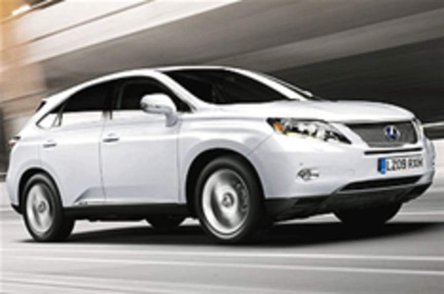 Lexus cuts CO2 on RX450h
