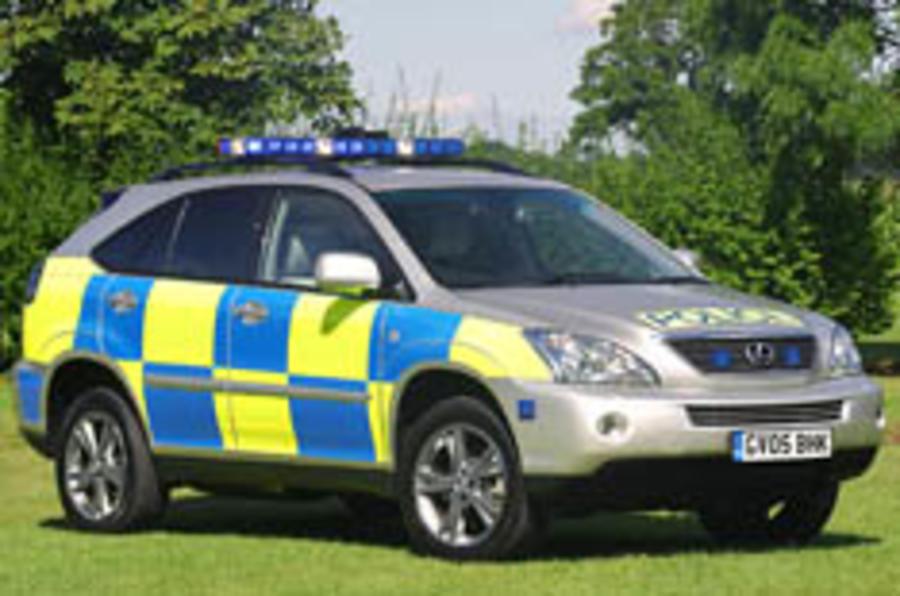 Police go for hybrid Lexus