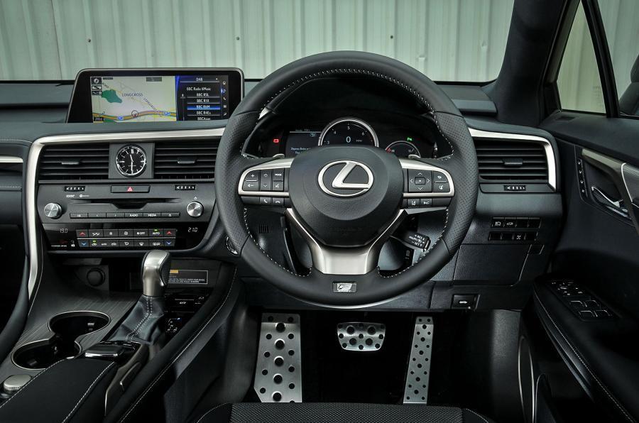 Lexus RX dashboard