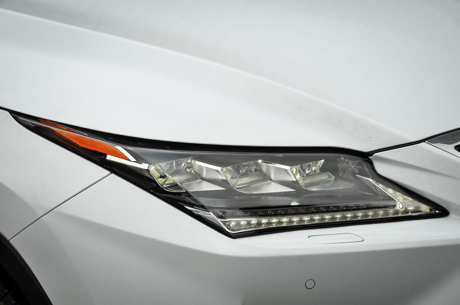 Lexus RX LED headlights