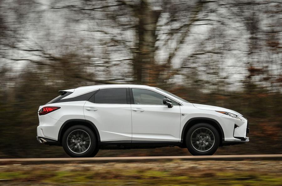 Lexus RX side profile
